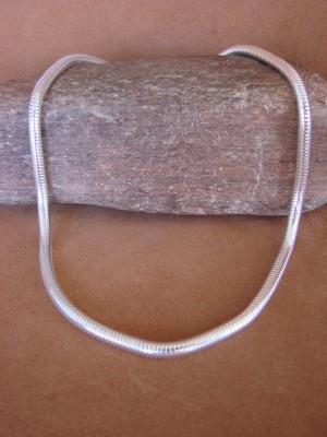 "Southwestern Jewelry Sterling Silver Snake Chain Necklace 18"" Long x 1/4"""