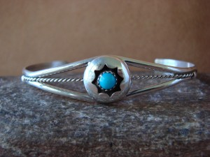 Native American Jewelry Sterling Silver Turquoise Bracelet!