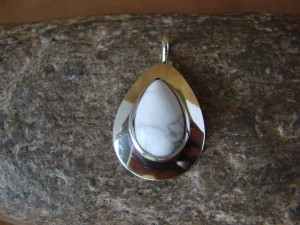 Native American Indian Jewelry Sterling Silver White Howlite Pendant! Signed