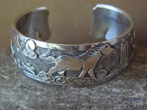Native American Jewelry Sterling Silver Storyteller Horse Bracelet - Becenti BB0185