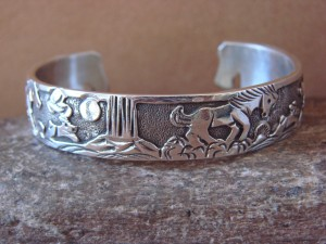 Native American Jewelry Sterling Silver Storyteller Horse Bracelet - Becenti BB0187