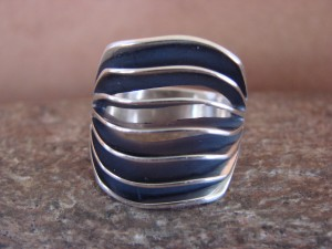 Navajo Indian Jewelry Sterling Silver Ribbed Ring Size 7 - James Bahe