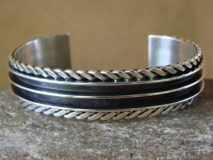 Navajo Indian Jewelry Sterling Silver Tom Hawk Rope Design Bracelet!