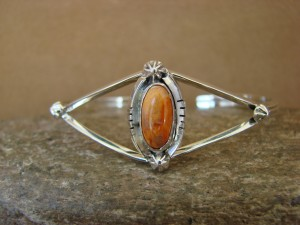 Navajo Indian Jewelry Sterling Silver Spiny Oyster Bracelet by R. Pino 2