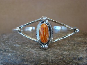 Navajo Indian Jewelry Sterling Silver Spiny Oyster Bracelet by R. Pino 1