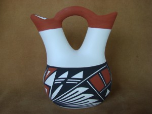 Native American Acoma Indian Pottery Hand Painted Wedding Vase ! Victorino
