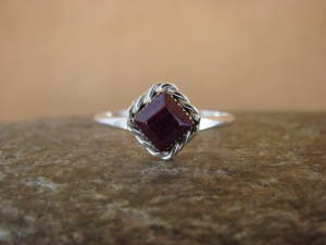 Native American Sterling Silver Square Purple Spiny Oyster Ring - Size 6.0