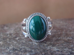 Native American Jewelry Sterling Silver Malachite Ring! Size 8 Barney