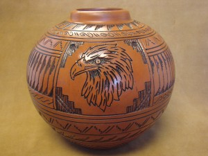 Navajo Indian Pottery Hand Etched Eagle Pot by Watchman! Native American PT3924