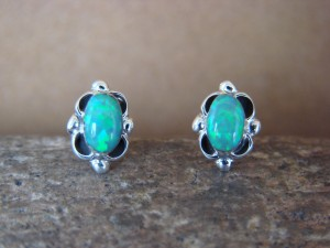 Native American Jewelry Sterling Silver Green Oval Opal Post Earrings! Zuni Indian