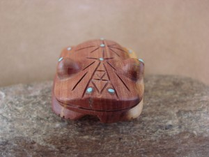 Zuni Indian Carved Cedar Frog Fetish by Brandon Phillips! Native American