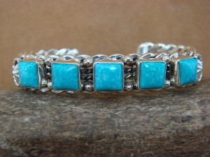 Native American Jewelry Sterling Silver Turquoise Bracelet! Running Bear