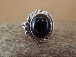 Navajo Indian Jewelry Sterling Silver Onyx Ring Size 7.5 by Cadman