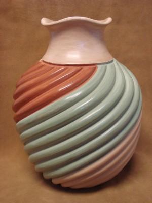 Large Native American Jemez Pueblo Pottery Clay Swirl Vase by Emma Yepa! Pot