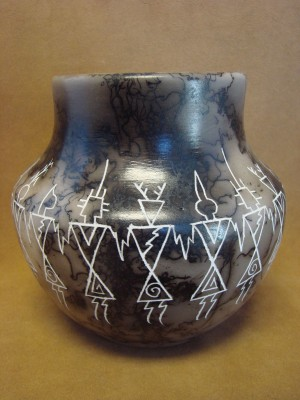 Native American Indian Pottery Horse Hair Jar by Gary Yellow Corn Louis! Acoma