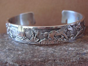 Native American Jewelry Sterling Silver Storyteller Horse Bracelet - Becenti BB0186