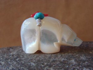 Zuni Indian Hand Carved Mother of Pearl Bear Fetish by Etsate