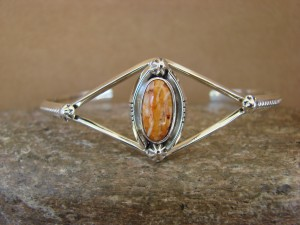 Navajo Indian Jewelry Sterling Silver Spiny Oyster Bracelet by R. Pino