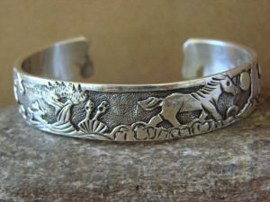 Native American Jewelry Sterling Silver Storyteller Horse Bracelet - Becenti BB0193