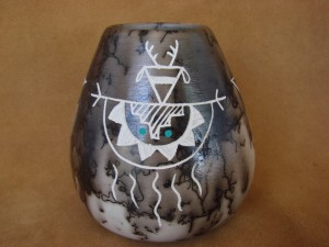 Native American Pottery Horse Hair Hand Etched Pot by Gary Yellow Corn! Vase