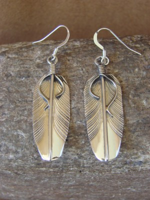 Small Native American Indian Jewelry Stamped Sterling Silver Feather Earrings