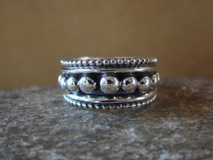 Native American Jewelry Sterling Silver Ring Band by Tom Lewis! Size 8