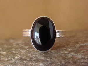 Native American Indian Jewelry Sterling Silver Black Onyx Ring, Size 6 1/2 D Kenneth