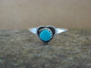Native American Jewelry Sterling Silver Turquoise Heart Ring, Size 4.0
