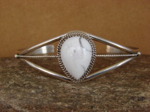 Native American Indian Jewelry Sterling Silver Howlite Bracelet