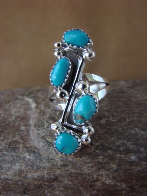 Native American Jewelry Sterling Silver Turquoise Ring! Size 7 Roberta Begay
