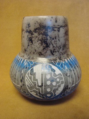 Native American Indian Pottery Etched Painted Horse Hair Vase! Navajo