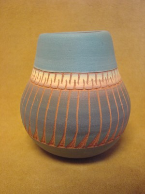 Native American Navajo Indian Hand Etched Pot! Vase