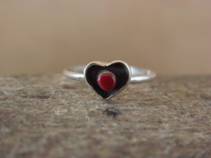 Small Native American Jewelry Sterling Silver Coral Heart Ring, Size 4.5