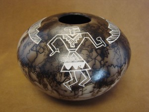 Native American Indian Pottery Horse Hair Pot by Gary Yellow Corn Louis! Acoma