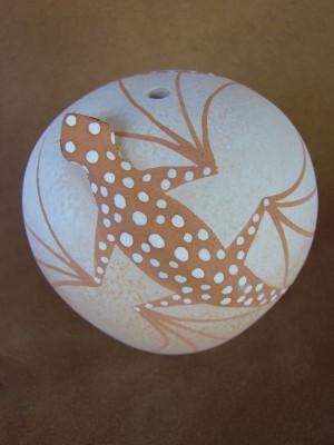 Native American Pottery Hand Painted Lizard Pot by Tony Lorenzo, Zuni Pueblo