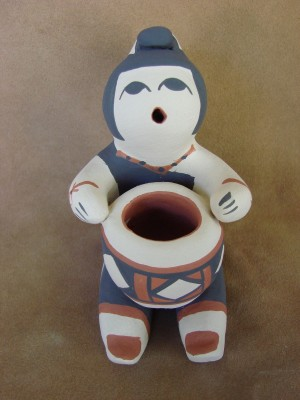 Large Jemez Pueblo Indian Handmade Clay Storyteller by Henrietta Toya Gachupin